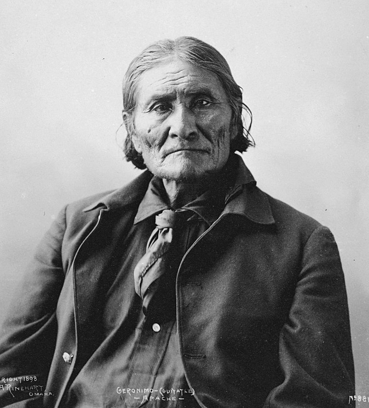 Portrait of Geronimo (Guiyatle), Apache