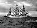 Gorch Fock underway in 1960.jpg