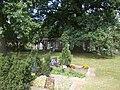 Grabkolonaden Friedhof Kunersdorf bei Wriezen Grablege v. Lesewitz-vonItzenplitz - panoramio.jpg