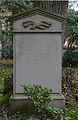 Grabstein Ernst-Günther Graf von Luckner (1919-1993).jpg