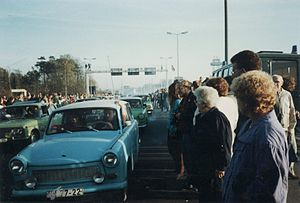 Fall of the inner German border - The opening of the border: East Germans in Trabants at Helmstedt, 11 November 1989