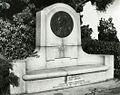 Guglielmo Marconi Memorial Plaque B.jpg