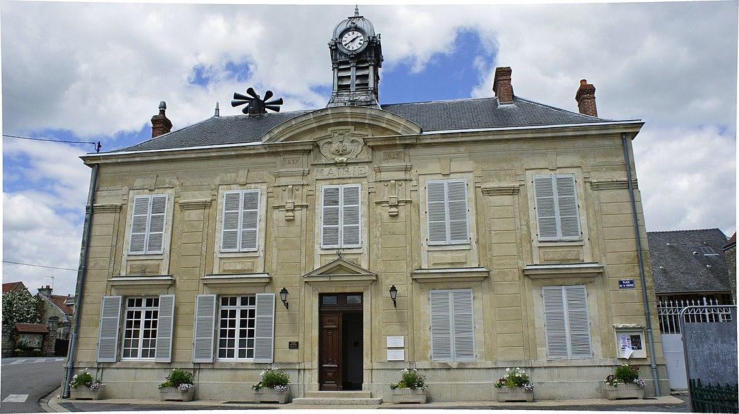 Hôtel de ville à Pouillon.