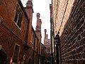 Hampton Court Palace, detail - geograph.org.uk - 1603823.jpg