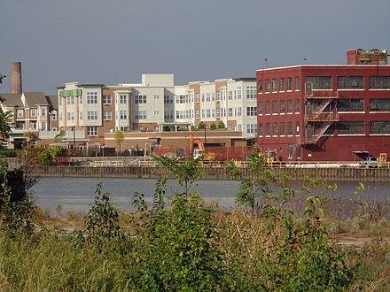 Old and new on the Passaic HarrisonPassaicRiver.JPG