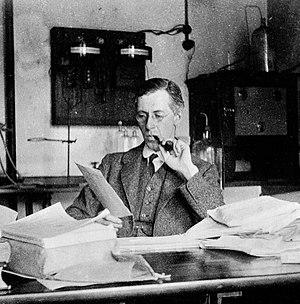 Henry Hallett Dale - Image: Henry Hallett Dale 1918