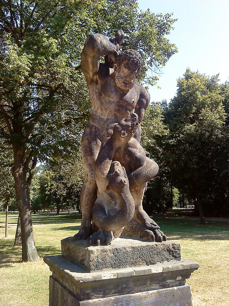 Herkules Grosser Garten1.JPG