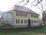 Hof Grass Herrenhaus 02.JPG