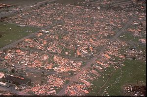 Hurricane Andrew - Damage from Hurricane Andrew in a large mobile home community