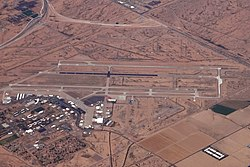 IWA PHOENIX MESA GATEWAY AIRPORT FROM FLIGHT TUS-LAS 737 N748SW (10463774723) (2).jpg
