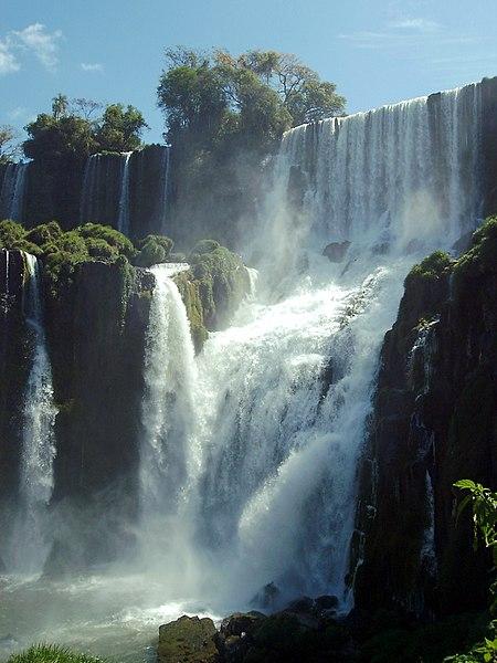 File:Iguazú-Argentinia-001.JPG