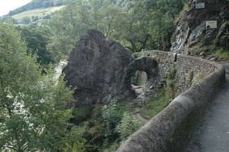 Itxassou - The Pas-de-Roland, alongside the Nive