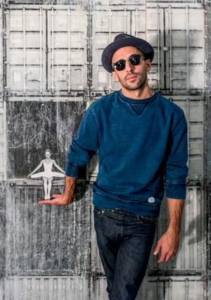 JR (artist) - JR at the Galerie Perrotin, 2015
