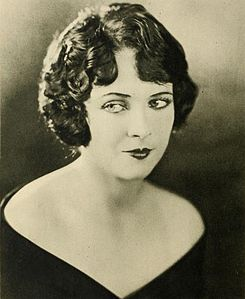 Jacqueline Logan Stars of the Photoplay.jpg