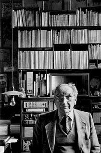 Jarnac P. Boujut en 1983 Bureau2.jpeg