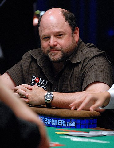 Jason Alexander plays Annie Duke s charity event at the 2009 WSOP.jpg