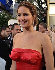 A photograph of Jennifer Lawrence attending the Golden Globes 2013