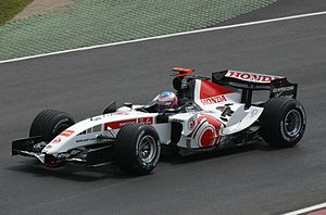 BAR 007 - Image: Jenson Button 2005 Canada