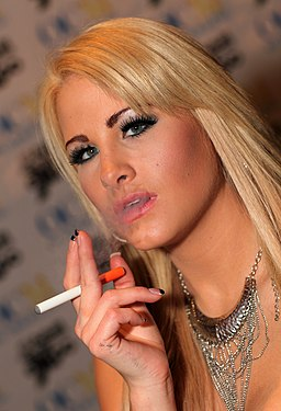 Jessica Nyx Smoking - 2013 AVN Expo Photos Las Vegas (8413506464)