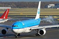 PH-AOM - A332 - KLM