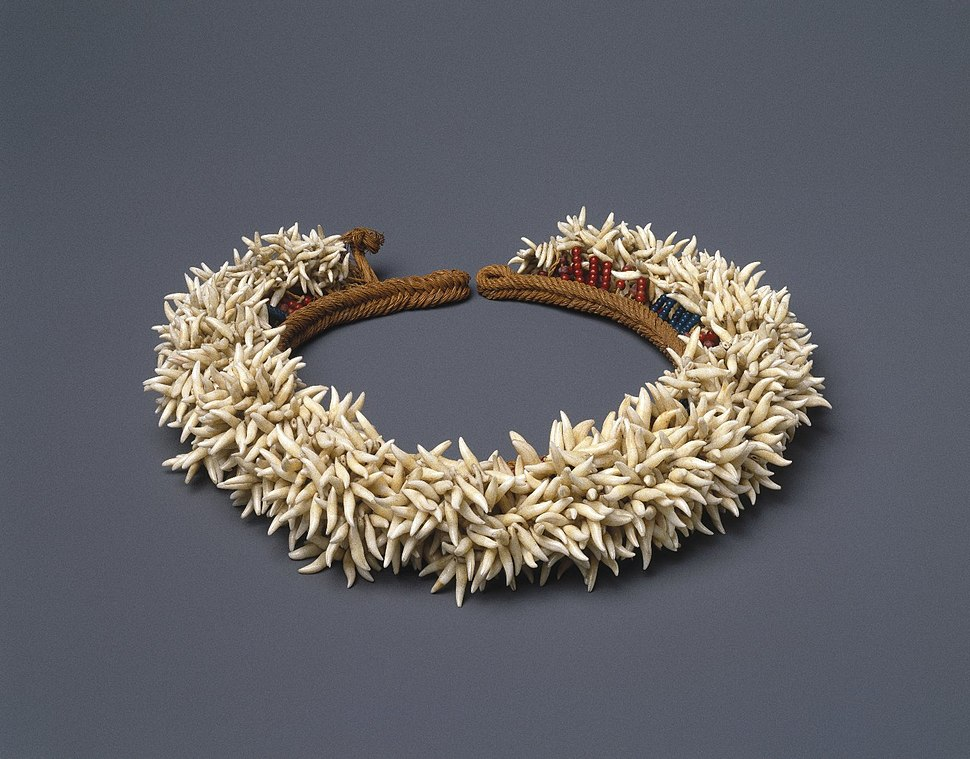 Kaimoko Family. Headdress (Peue 'Ei), 19th century.