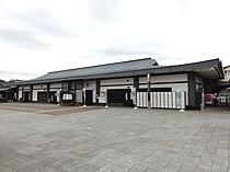 Kakunodate-Station 20110807.jpg