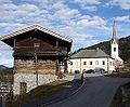 Kath. Pfarrkirche Kaprun 04.JPG