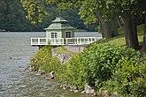 Fil:Kinesiska paviljongen vid Grönsö slott.jpg