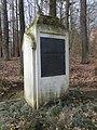 Kriegerdenkmal am Haltepunkt Amerika (2).jpg