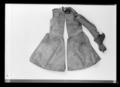 Kyller med stoppad ärm och handske - Livrustkammaren - 9477.tif