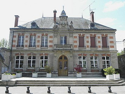 How to get to La Ferté-Milon with public transit - About the place