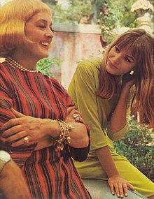 Bette Davis e Catherine Spaak in una pausa sul set de La noia (1963)