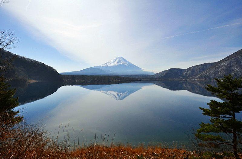 本栖湖の逆さ富士