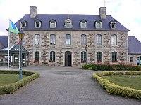 Langoat mairie.JPG