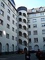 Latscha-Zentrale Treppenturm 27092008.JPG