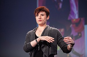 Laurie Penny - Image: Laurie Penny speaking at republica 2016