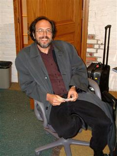 Picture of an author: Lee Smolin