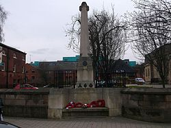 Leeds Rifles War Memorial (05).JPG