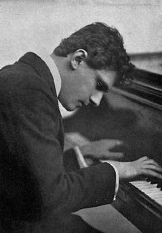 Leo Ornstein - Leo Ornstein in 1918