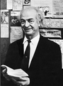 Linus Pauling 1964.png