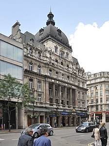 London Her Majesty's Theatre 2011 1.jpg