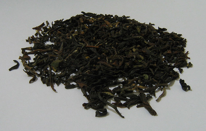 File:Loose leaf darjeeling tea twinings.jpg