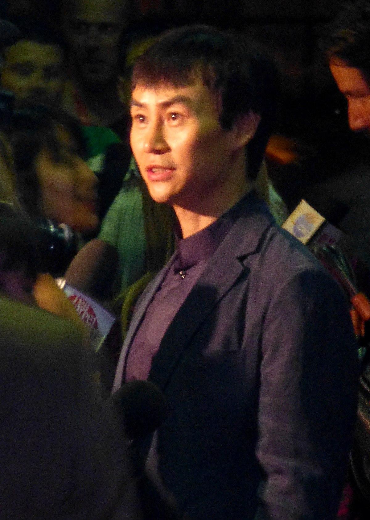 Tiger Chen - Wikipedia