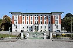 Mauer - Landesklinikum (1).JPG