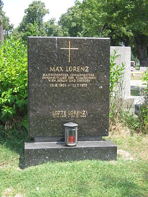 Max Lorenz (tenor) - Grave of Max Lorenz in Section 40 (reserved for honorary Austrians) in the Zentralfriedhof in Vienna