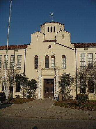 McGill–Toolen Catholic High School - Image: Mc Gill Toolen Catholic Highschool