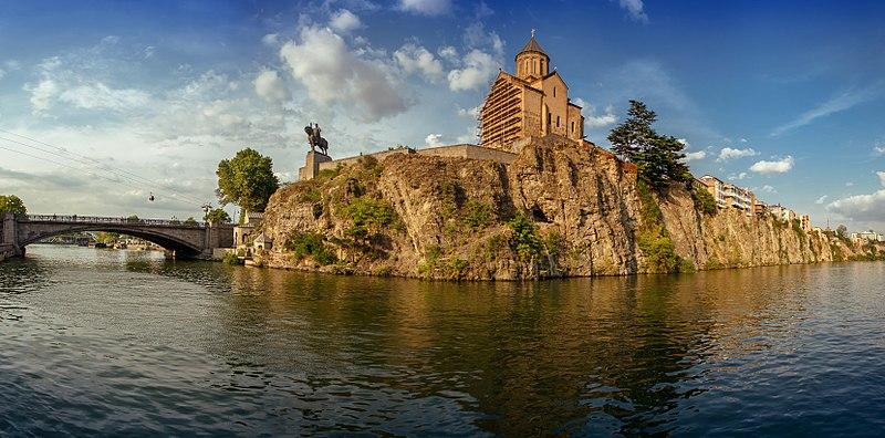 Храм Метехі, Тбілісі. Фото: Сергій Зисько, вільна ліцензія CC BY-SA 4.0