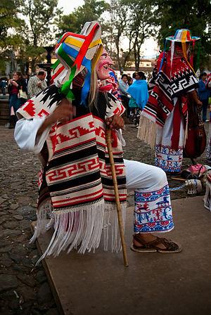 Danza de los Viejitos - Image: Michoacán Viejitos (4111653140)