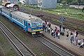 Minsk Uschodni station p05 (ER9T arriving).jpg