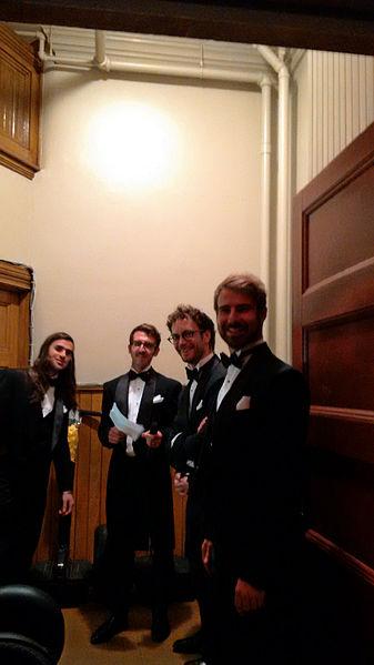 File:Misteur Valaire 2014 Orchestre Métropolitain (segway1).jpg